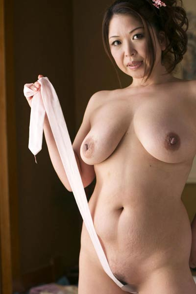Model Natsuko Shunga in Untold Desire