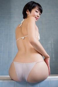 Model Koharu Nishino in Soapfest