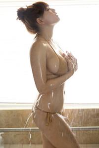 Model Ai Shinozaki in Wet Star